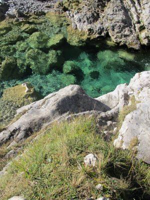 Dolomiti Friulane - torrente Chiarzo'Fuoco di bivacconte gigio