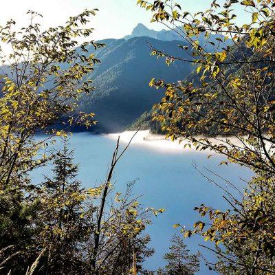 Nebbie sul lago del Vajont